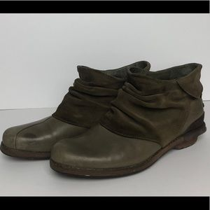 Patagonia Addie peat brown suede ankle bootie-SZ7